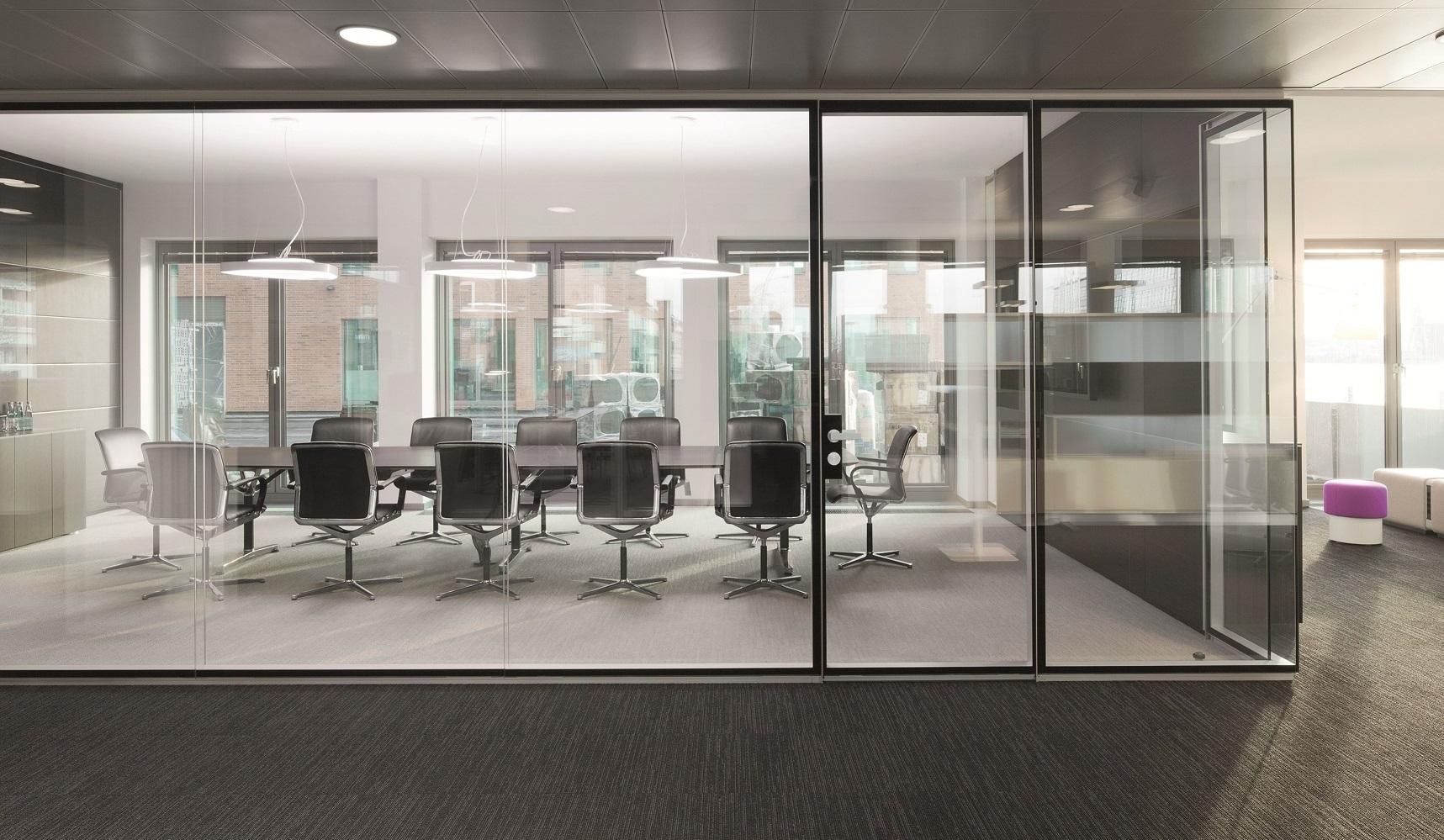 Mamparas de cristal para oficinas y coworkings blog for Oficinas de empleo valencia