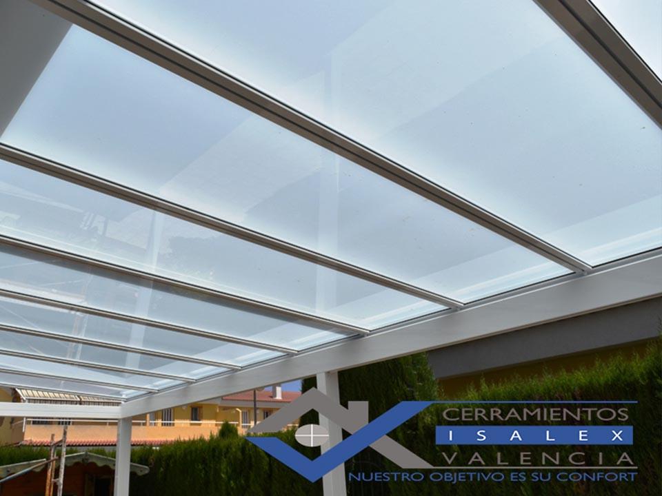Techos de cristal para terrazas ideas de disenos for Toldos y cerramientos para patios